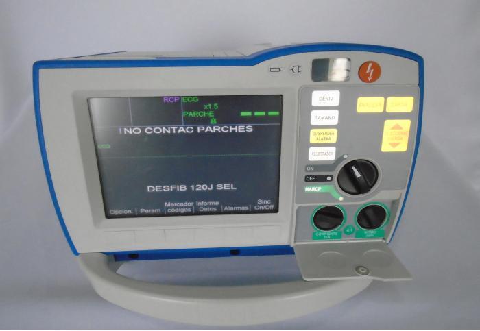 Used Zoll R Series Defibrillator For Sale Bimedis Id681893
