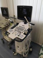 Photo GE Logiq V5 Expert Ultrasound Machine - 1