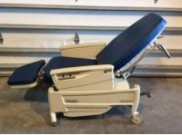 Strange Hill Rom P1320 Procedural Recliner Exam Chair 5 Medical Machost Co Dining Chair Design Ideas Machostcouk